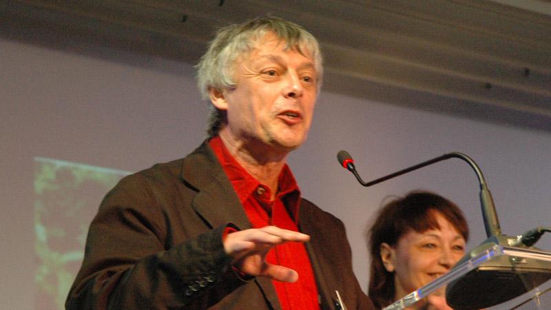 Entretien avec Pierre Cassen sur la situation du contre-pouvoir médiatique en France