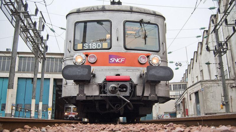 Réforme de la SNCF : Macron ira-t-il jusqu'au bout ?