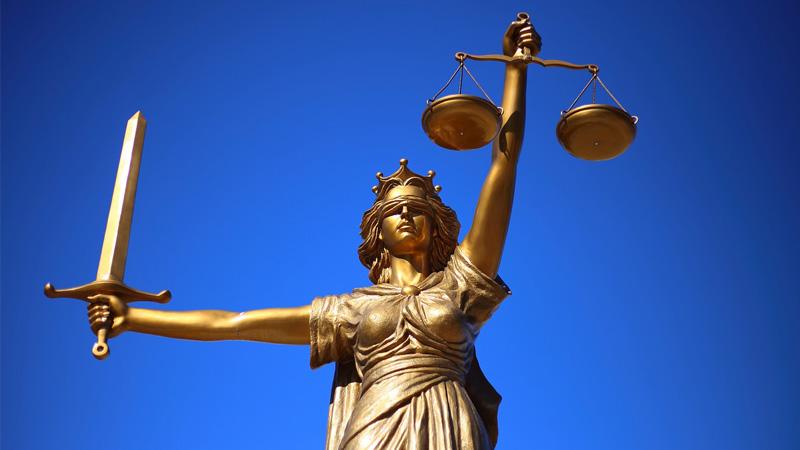«Principe de fraternité», le totalitarisme de l'État de droit