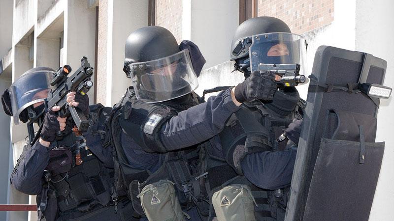 Terrorisme d'ultra droite : le coup de com' !