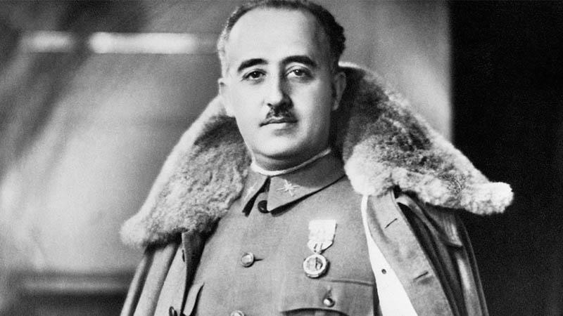Une figure socialiste explique son opposition à l'exhumation de Franco