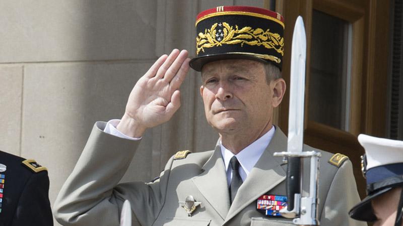 """Le Général de Villiers, nouveau """"chief happiness officer"""" du management"""