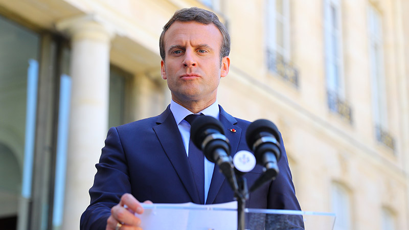 Macron, c'est le chaos. Il doit partir !