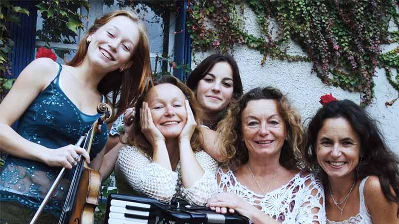 Journée de la femme : qu'est-ce qu'être française ? [Vidéo]