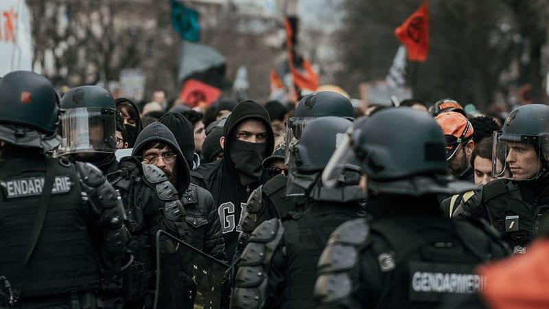 Antiracisme et police : merde au nouvel ordre moral !