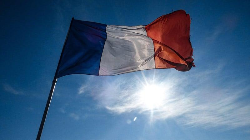 Heureux comme un clandestin en France