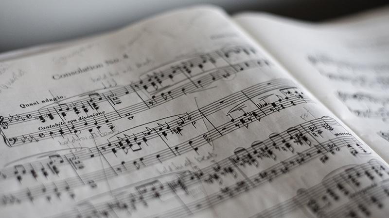 Haro sur la musique : une blanche vaut deux noires !