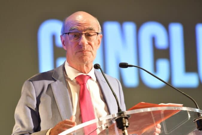 Jean-Yves Le Gallou à la conclusion de cette soirée de gala